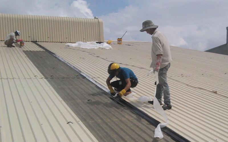 thợ chống dột mái tôn nhà